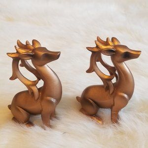 2 Sitting Christmas Gold Reindeers